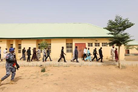 Au Nigeria les 279 adolescentes kidnappées vendredi ont été libérées
