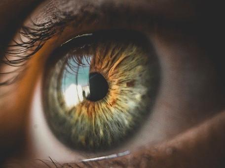 Un patient aveugle a recouvré en partie la vue grâce à la technique optogénétique