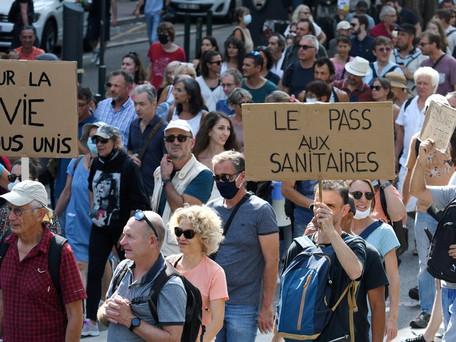 10ème samedi de manifestations des « réfractaires » à la vaccination et anti-pass sanitaire