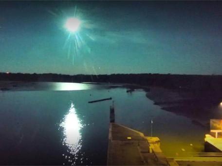 Bretagne : une météorite a probablement traversée le ciel dimanche soir