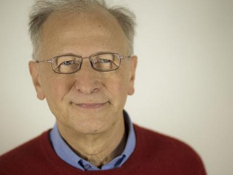 Vaccin: selon Alain Fischer la vaccination des adolescents pourrait commencer courant juin