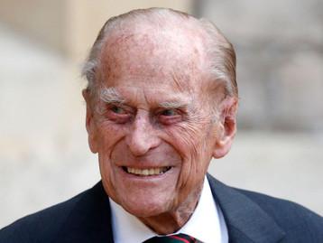 Le Prince Philp, époux de la Reine Elizabeth est décédé, il allait avoir 100 ans en juin