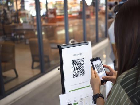 Dès le 9 juin, les salles de sport, les bars et restaurants devront afficher le QR Code à scanner