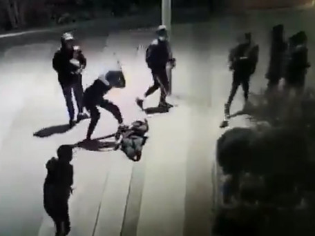 Agression de Yuriy à Paris : neuf jeunes mis en examen, cinq incarcérés