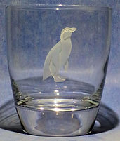 etch carved penquin on glass