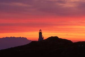 sunrise-1326947_1280.jpg