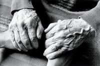 La réflexologie chez les personnes âgées et chez les personnes atteintes de la maladie d'Alzheim