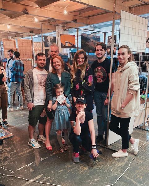 Фотограф Анастасия Аксенова с поклонниками