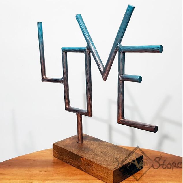 Love-800-1.jpg