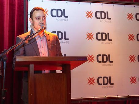 CDL realiza jantar Décadas