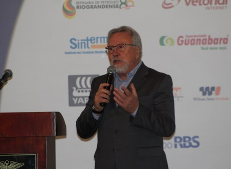 Paulo Bertinetti é aclamado presidente da Câmara de Comércio