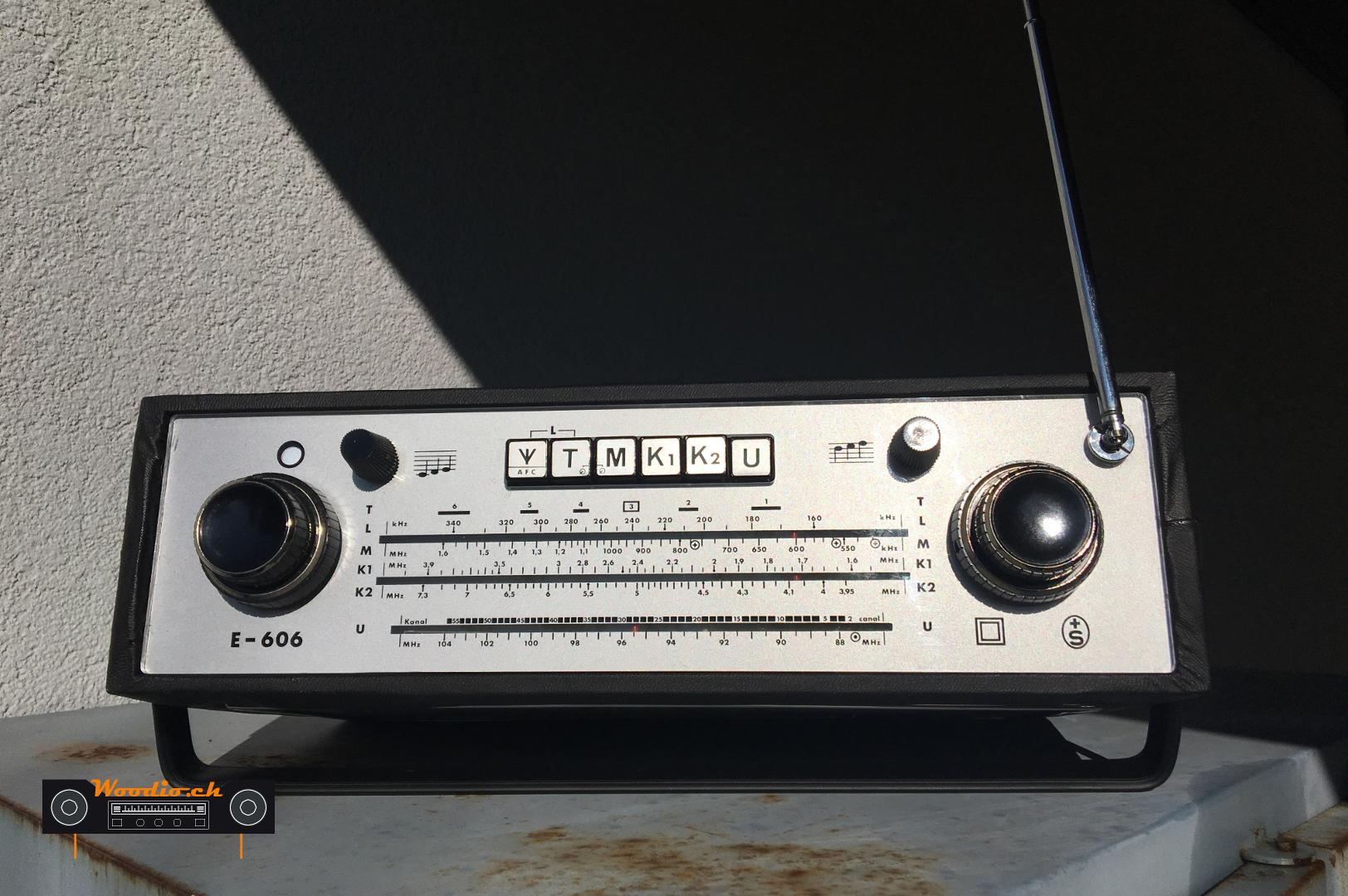 Biennophone E-606
