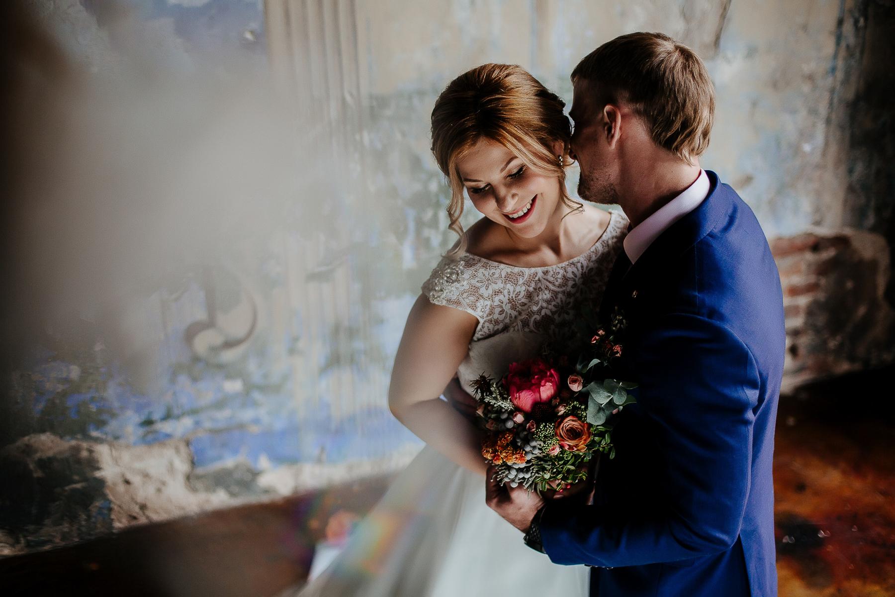 люк торчащими нанять фотографа на свадьбу в спб рассказывала