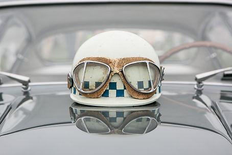 Casco y gafas