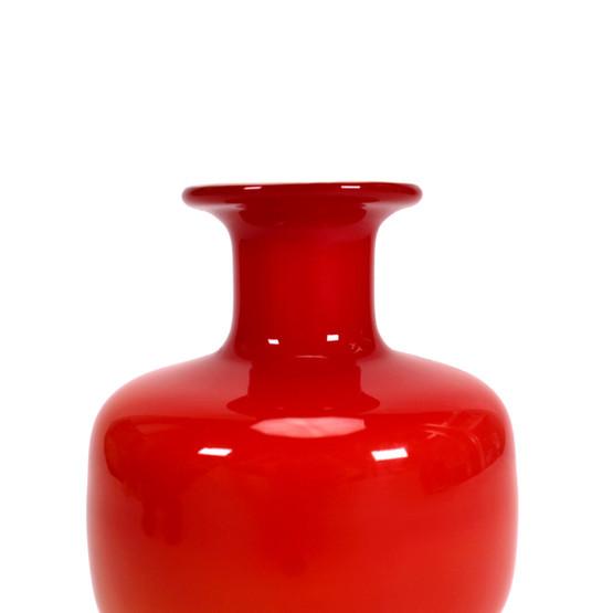 holmegaard flashed cased glass vase red opaline white mid-century modern danish design lutken lütken funky 60s 70s majgrøn