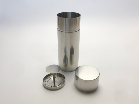 Stelton Cylindrical Cylinda Line Stainless Steel Cocktail Shaker by Arne Jacobsen with Strainer Inside