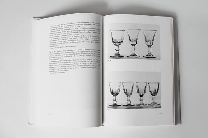 Dansk Glas 1825-1925