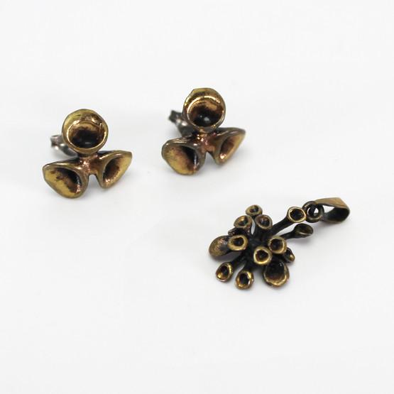 finnish jewellery earrings necklace pendant hannu ikonen reindeer moss bronze valo-koru modernist abstract mid-century 1970s