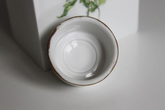 fürstenberg germany porcelain tea caddy flowers anemone white Hepatica nobilis Anemone nemorosa gold hand-painted furstenberg