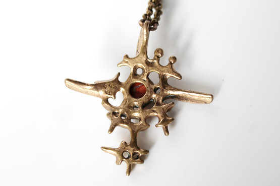 eivind hillestad norwegian finnish scandinavian bronze necklace jewellery crucifix cabochon stone granite religious modernist