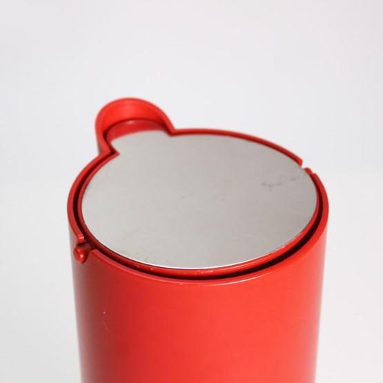 royal copenhagen georg jensen joergen moeller complet jug pitcher tilt lid contemporary design 1990s 1980s red yellow plastic
