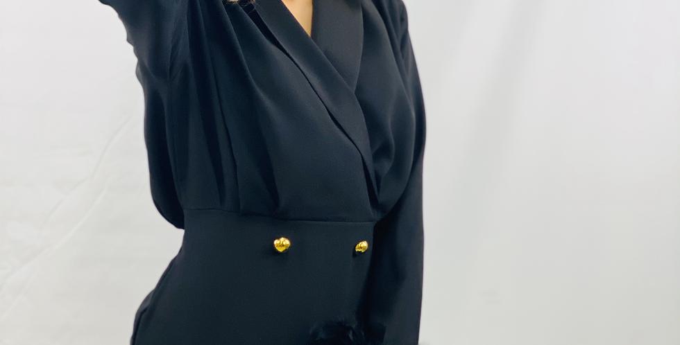 Kleid Schwarz mit Federärmel