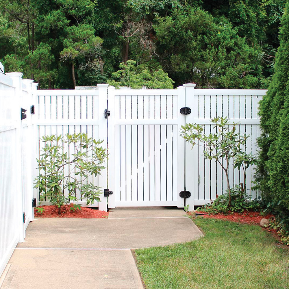 Need Help Choosing a Vinyl Fence in Passaic County and Essex County, NJ Areas? Remember These Tips