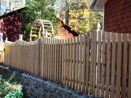 How to Choose the Right Fencing Materials for Your Project in Rockland County and Orange County, NY