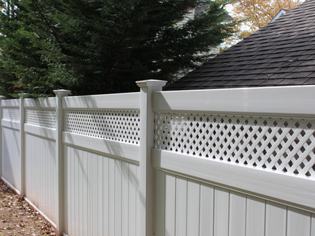 How a Fence Contractor Decides on the Right Fencing Materials in Essex Fells and Saddle River, NJ