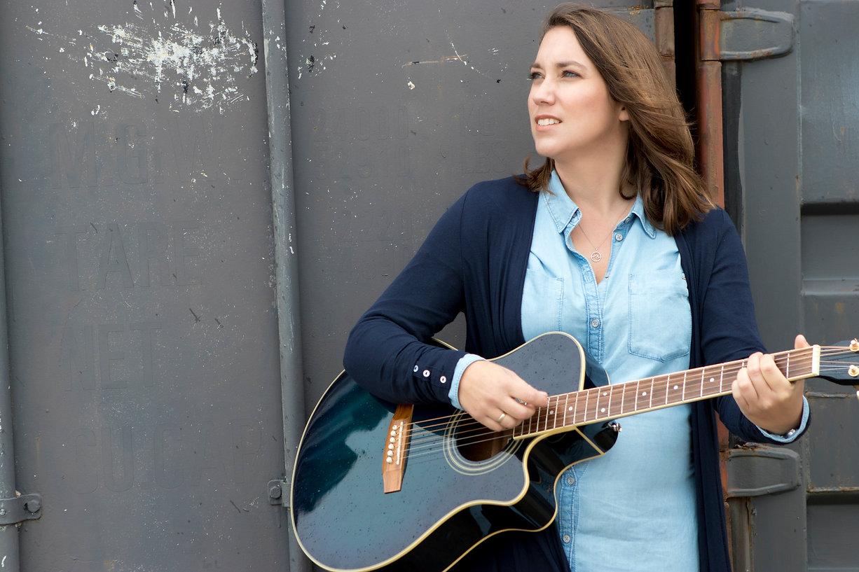 Marjolein Keijzer Dichtbij gitaar