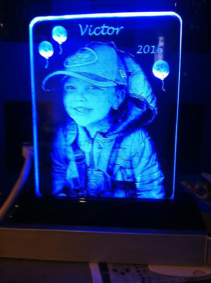 8x10 Memorial on Lighted base