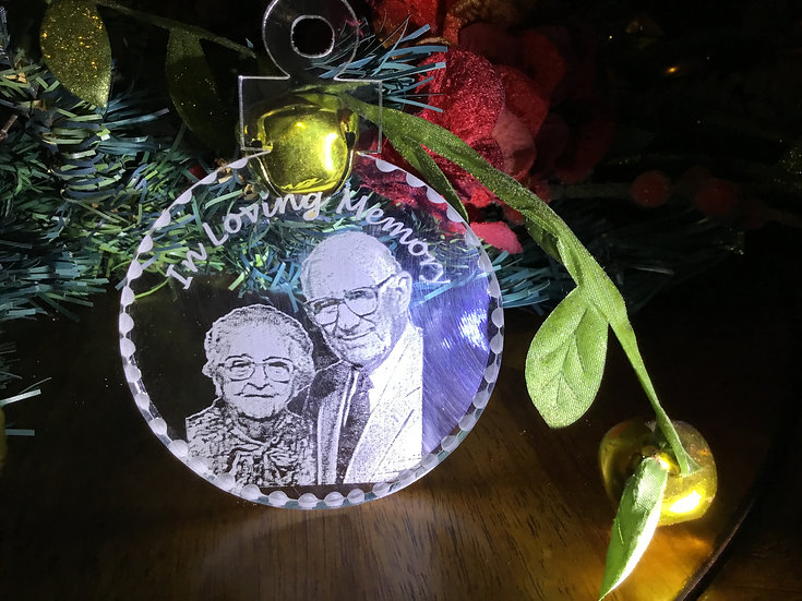 Memorial photo etched ornament