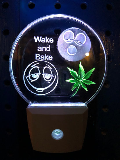 Wake and Bake with Real Looking Leaf night light