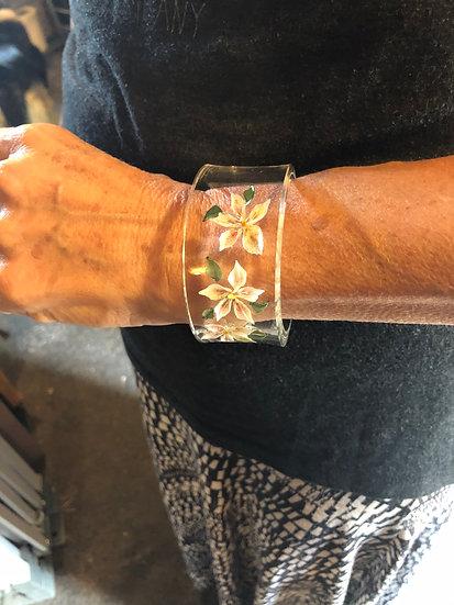Stargazer lilies bracelet