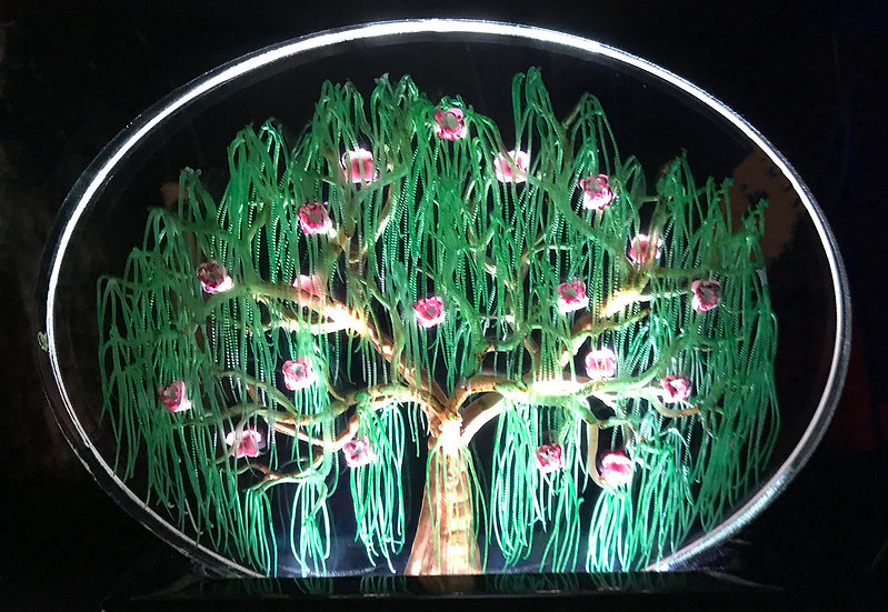 flowering willow 5x7 side oval with lighted base