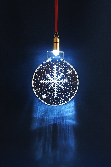 LIGHTED ORNAMENT -Snowflake