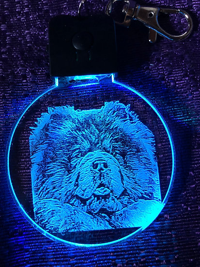 NEW LIGHTED KEYCHAIN Chow Chow