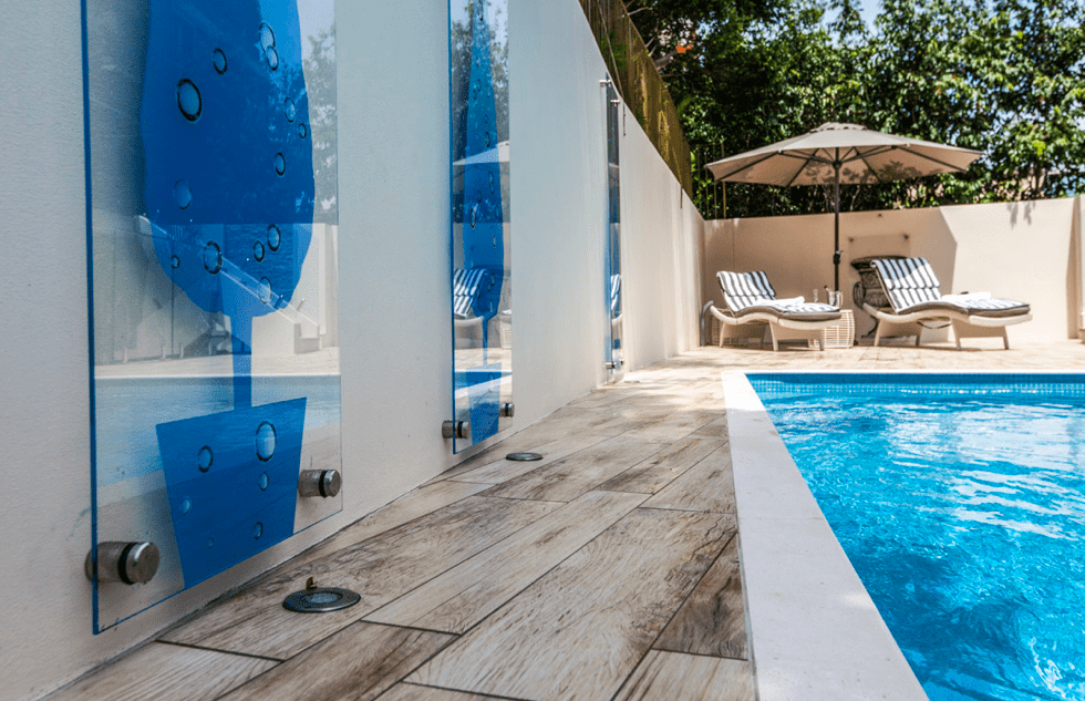 Claire Rendall swimming pool Design