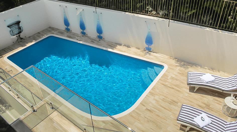 Outdoor pool design