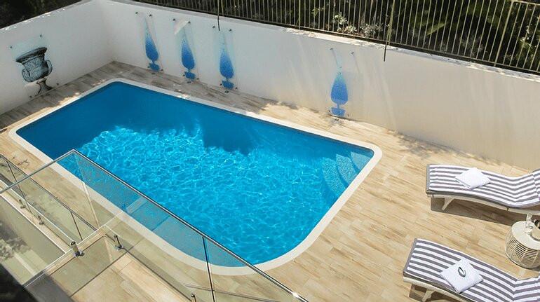 Outdoor swimming pool design