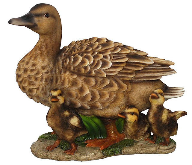 Vivid Arts Duck Family Ornament - Frost Resistent