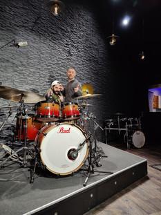 c'était Yoann Duflos  du 17 en stage pendant deux jours au studio ! 👍