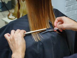 hair-cut-hairdresser-s-salon_78492-384.j