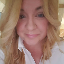 Lauren Mellor bio pic.jpg