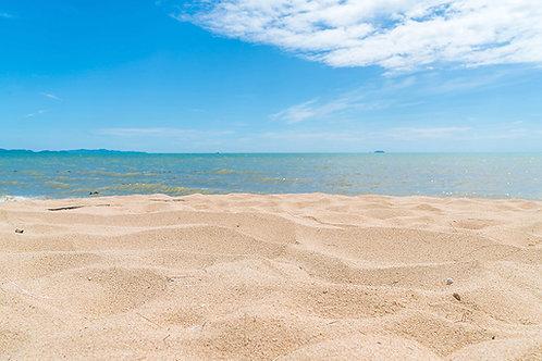 Fotomural playa y nubes