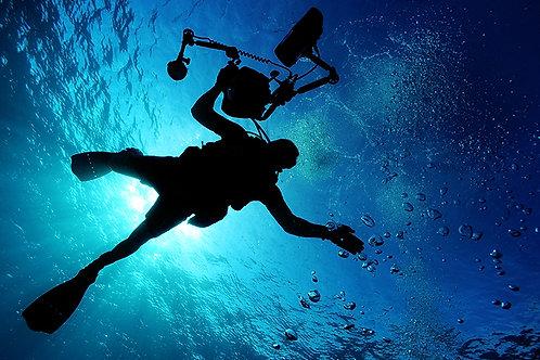 Fotomural buzo en el mar