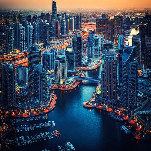 Gran Ciudad Moderna En La Noche ...