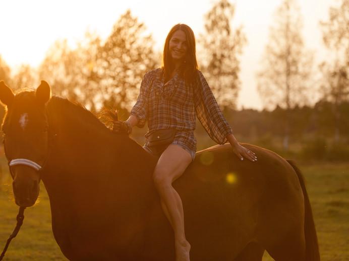 Zirgi fotosesijām un pasākumiem