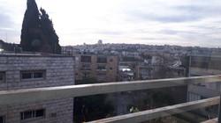Dov Kimhi - at home in jerusalem (3)