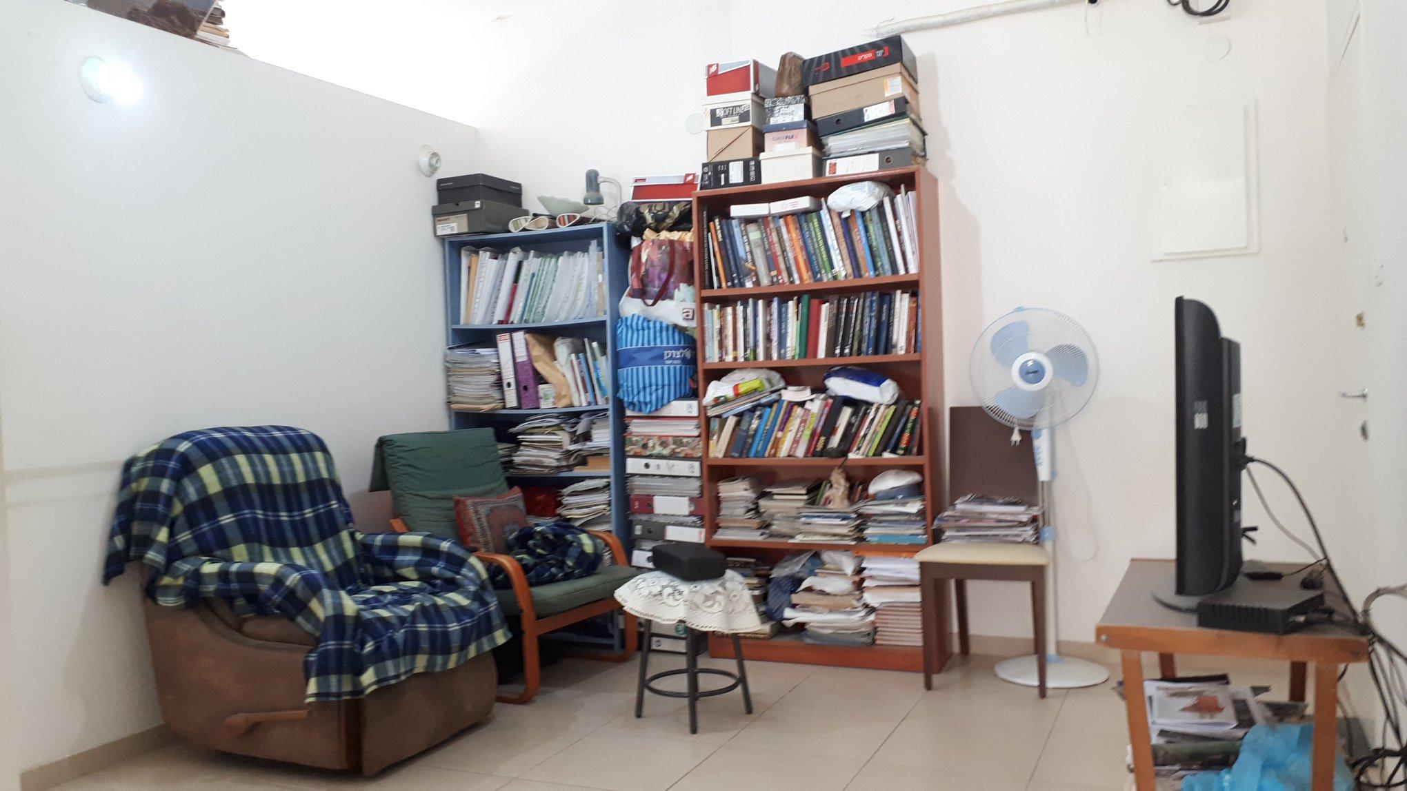 Kharlap - at home in jerusalem (9)